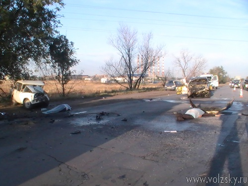 В Волжском в ДТП погибли 4 человека