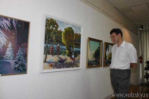 В выставочном зале открылась выставка волжских художников
