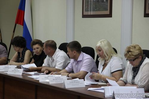 Администрация Волжского настаивает на приватизации Водоканала и ВМЭСа