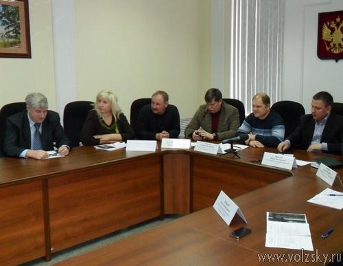 Депутаты обсудили состояние дорог города