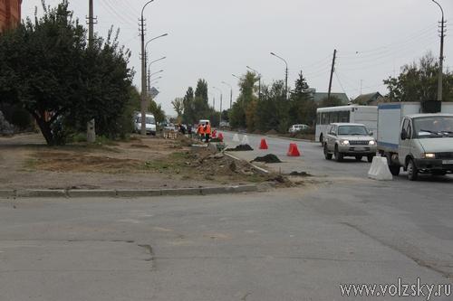 Мэр Волжского недовольна качеством ремонта дорожных магистралей города