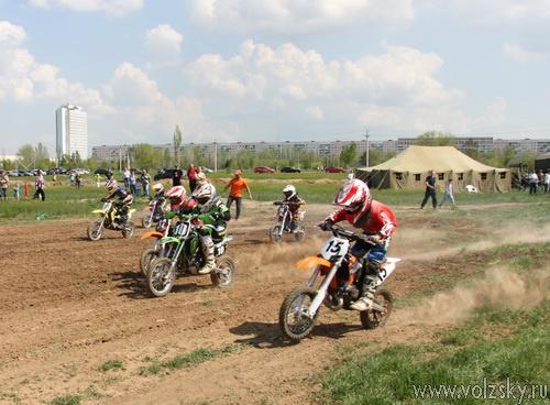 Мотокросс в Волжском весной 2012