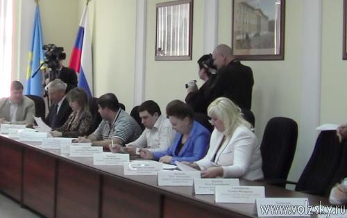Начальник Управления МВД отчитался перед депутатами
