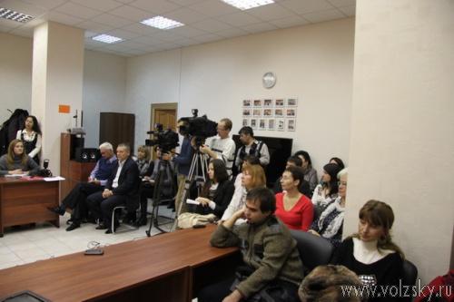 Олег Михеев рассказал волгоградским журналистам о последних политических скандалах