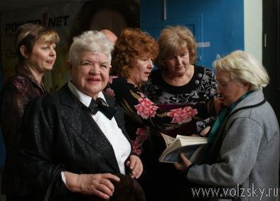 Руководитель ТЮВа отметила 90 лет