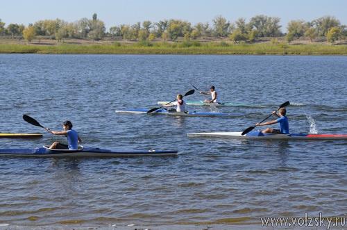 Сезон спортивной гребли и водно-моторного спорта закрыт