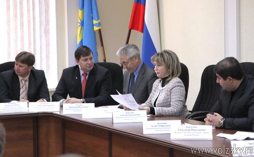 Только депутат Непершев против Тойоты для спикера Пыльнева