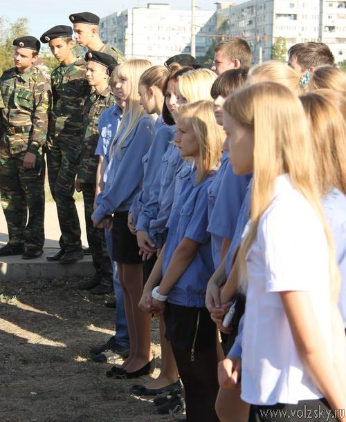 В Волжском открыли памятник погибшим военнослужащим
