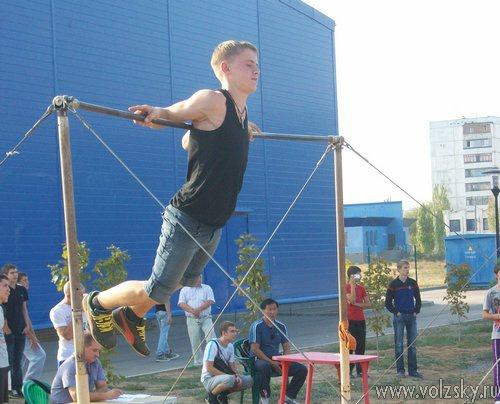 В Волжском прошли соревнования турникмэнов