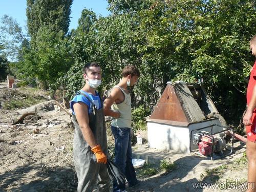 Волжские студенты помогли в восстановлении станицы Верхняя Абаканка