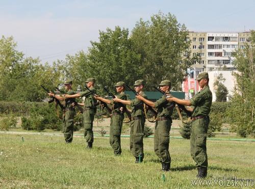 Волжский отмечает День ВДВ