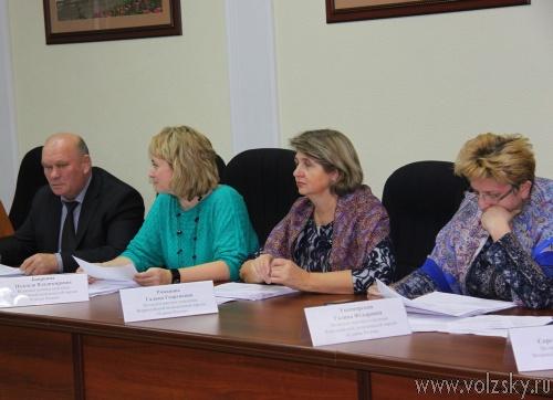 Депутаты уменьшили муниципальные пенсии