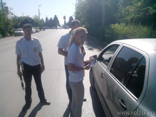 Дороги Волжского лично инспектировал начальник ОГИБДД