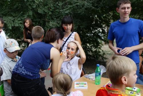 Праздничный день для первоклассников продолжился у ТРК «ПланетаЛето»