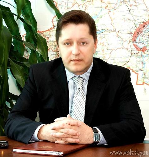 Региональные депутаты по борются за место в областном парламенте