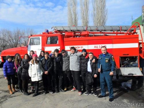В 13 пожарной части прошли дни открытых дверей