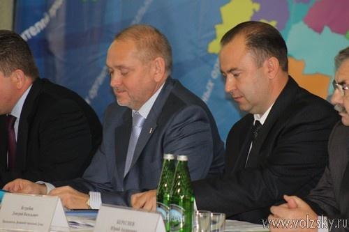 В Волжском обсудили межбюджетные отношения