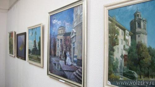В Волжском открылась новая выставка