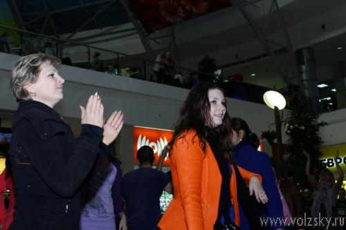 В Волжском прошёл танцевальный флешмоб в поддержку донорства
