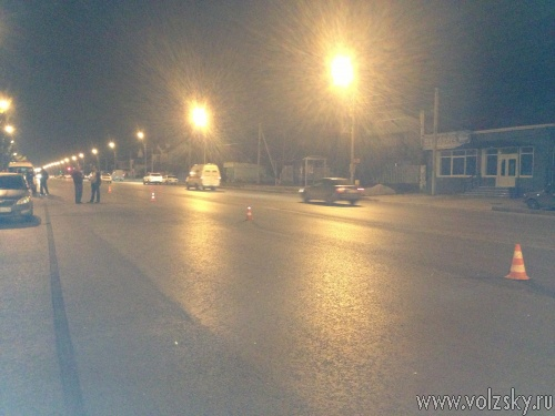 В Волжском сбили женщину на пешеходном переходе