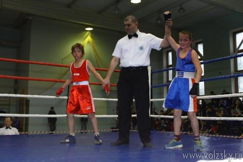 В Волжском состоялся турнир по боксу памяти основателя города