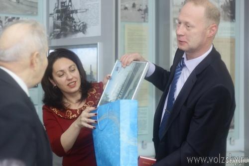 Ветераны-гидростроители отметили юбилей пуска первой турбины