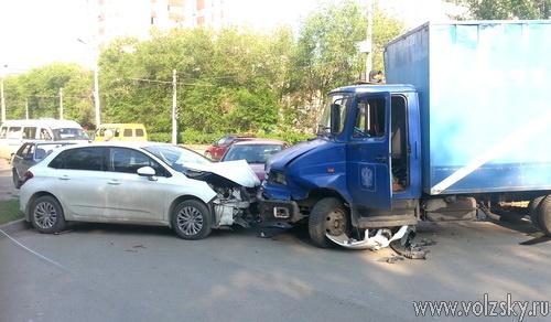 Водителю «Citroen» крайне не повезло
