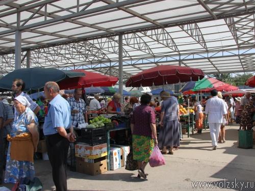 Волжане протестуют против приватизации «Колхозного» рынка