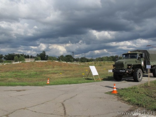 Волжских призывников научат экстремальному вождению на грузовых автомобилях