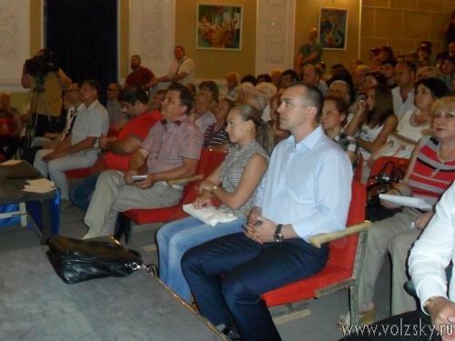 Воронин и Тихонов стали лидерами внутрипартйиного праймериз в первый день