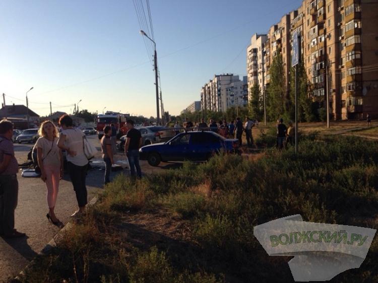 4 автомобиля столкнулись в Волжском
