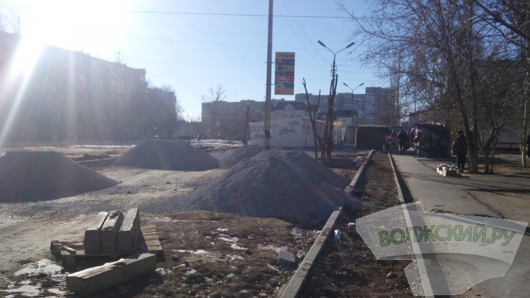 Что строится у магазина «Дончанка»?