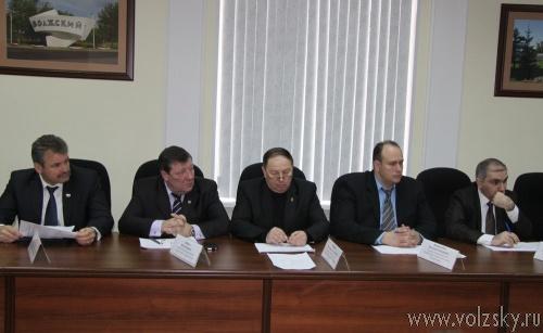 Депутаты отложили обсуждение запрета митингов