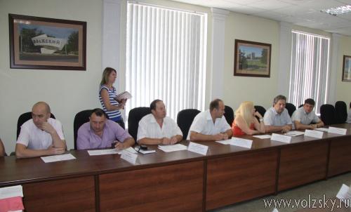 Депутаты собрались на внеочередное заседание