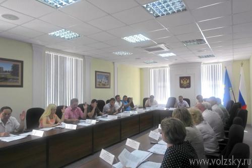 Депутаты выделили инвалидам-колясочникам по 25 тысяч рублей