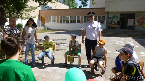 Для волжских школьников провели игру «Ни дня без ПДД»