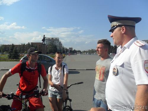 ГАИ обратилось за помощью к велосипедистам
