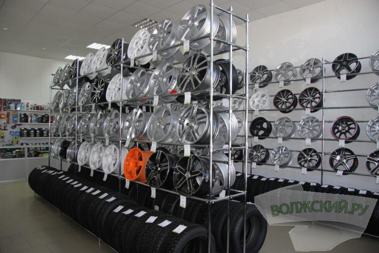 «Колёса даром»! В Волгограде открылся крупный  шинный центр
