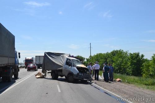 На трассе в результате ДТП погибло трое человек