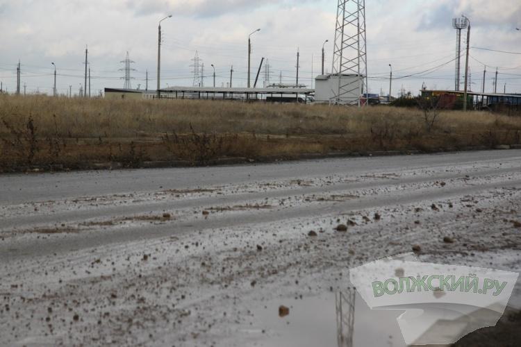 Новые микрорайоны Волжского погрязли в грязи. Почему молчат власти?