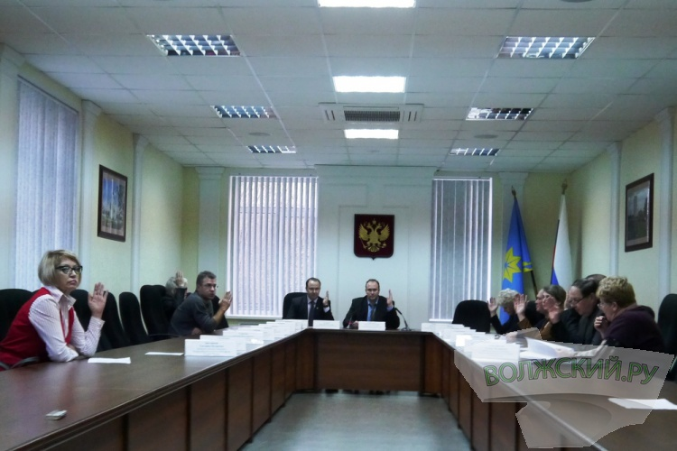 Область экономит на муниципальных «кадрах» Волжского