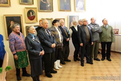 Открылась выставка картин, посвящённая памяти известного волжского художника