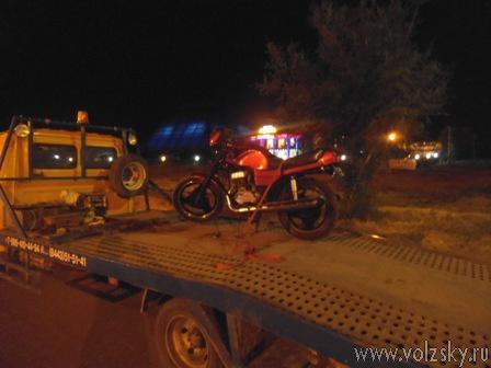Сотрудники ДПС начали борьбу с ночными мотогонщиками
