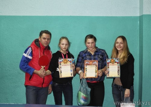 В «Фантазии» состоялся праздничный турнир по настольному теннису