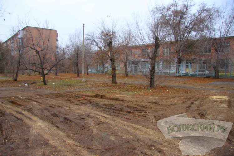 В Волжском экс-депутат строит магазин вместо детского садика незаконно