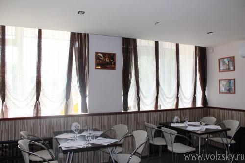 В Волжском открылось новое кафе «Проспект» на проспекте Ленина (напротив центрального рынка)