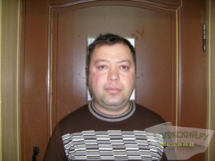 В Волжском полицейские задержали четверых мошенников