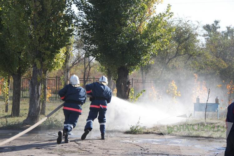 В Волжском прошли соревнования пожарных