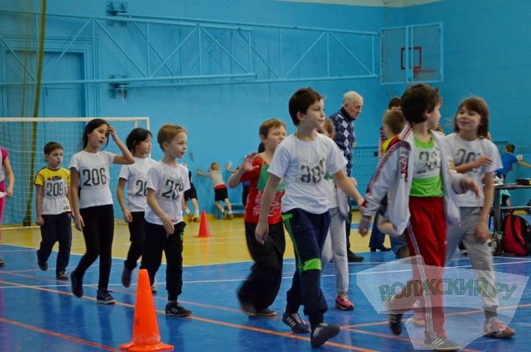 В Волжском соревновались юные легкоатеты