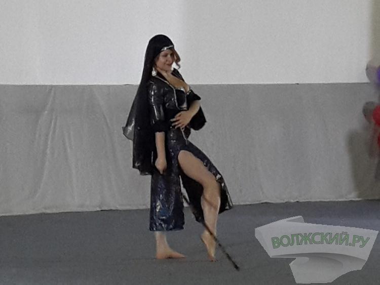 В Волжском выбрали лучших танцовщиц живота